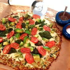 Zucchini & Rosemary Crusted Pizza!