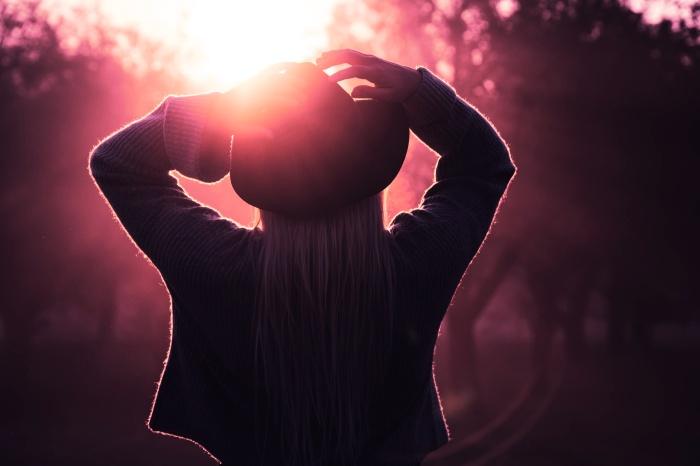 Warm Hugs in the sun (1)