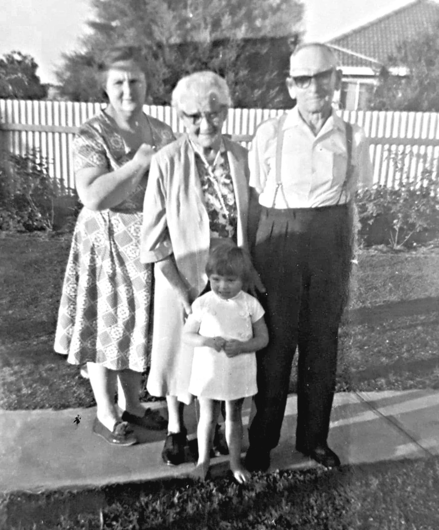 grandma-granny-grandpa